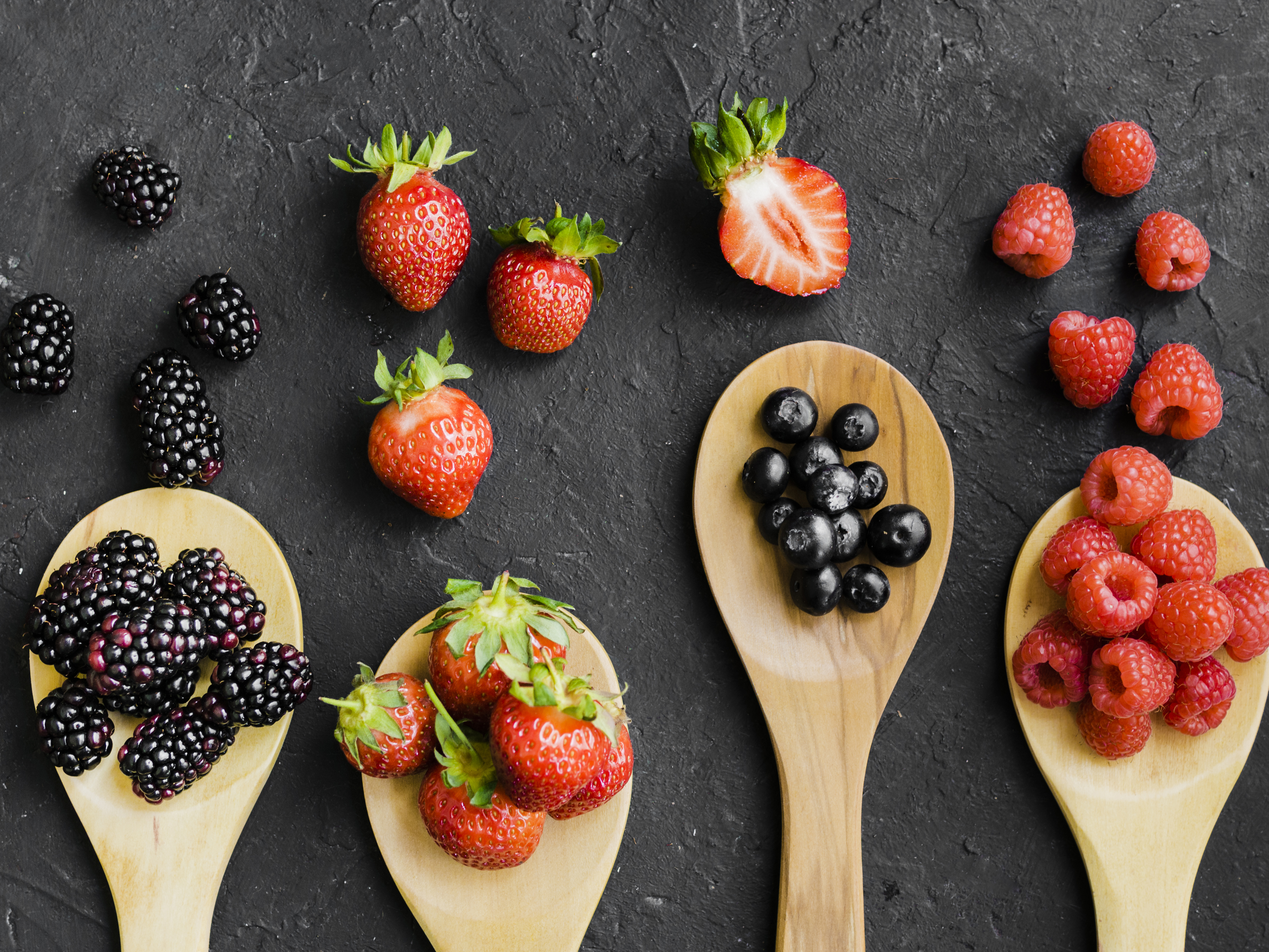 Owoce jagodowe jako naturalne źródło polioli